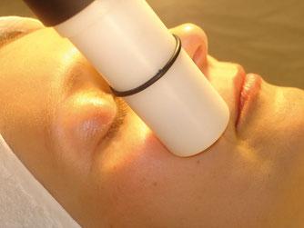 Behandlung mittels Nassabrasio