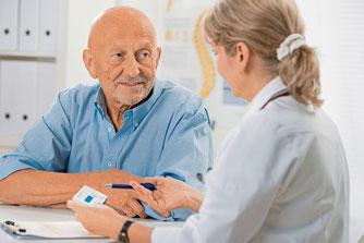 Patienten mögen Ärzte, die sich ihnen intesiv zuwenden, am liebsten. (Foto: Alexander Raths - Fotolia)