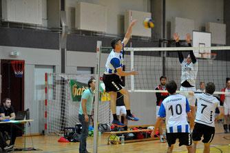 Jona Pieknik verwandelt den Matchball gegen Bayerwald Volleys II