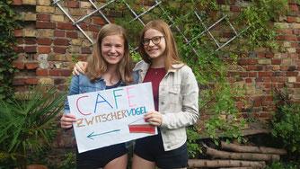 Linn Hartmann und Annika Peusmann haben ein stolzes Ergebnis mit ihrer Arbeit erzielt. Bild: M. Wendt