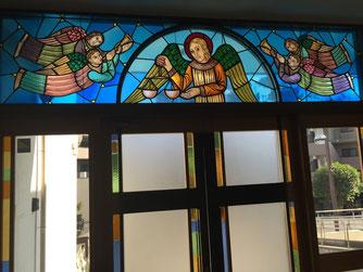 カトリック松戸教会のステンドグラス