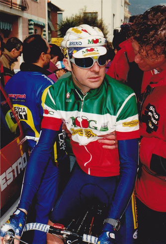 Foto courtesy: Daniel Schamps, Gianni Bugno al via del Trofeo Laigueglia in maglia da campione Italiano.
