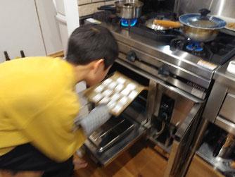 ガスオーブンで餅を焼く!贅沢!(≧▽≦)