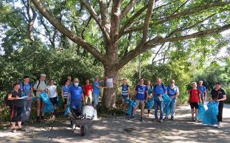 19 Naturfreunde haben zwei Stunden lang Müll gesammelt. Foto: NABU Leipzig