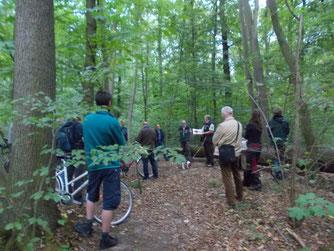 An markanten Punkten im Wald gab es Informationen zu unterschiedlichen Themenfeldern. Foto: NABU Leipzig