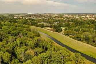 Ein Hauptproblem des Auwalds ist die Neue Luppe. Der künstlich angelegte Kanal sorgt für eine Entwässerung der Auenlandschaft. Foto: André Künzelmann/UFZ