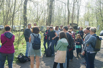 Fast 30 Naturfreunde kamen zur NABU-Exkursion mit Jens Franke.