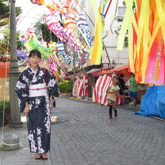パセオ通り、文化通りには七夕飾りがサラサラと
