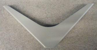 équerre design pour étagère murale coloris gris