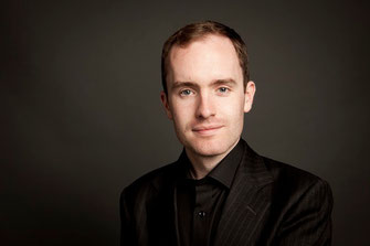 Simon Callaghan, piano