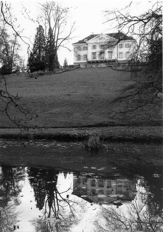 Schloss Eugensberg um ca. 1990; Ansicht von Norden. Foto E. Keller