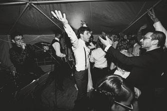 Freie Trauung, Hochzeitsredner, Hochzeit, Blog, Hochzeitsband, Band, Niko & the lost boys, Bayern, München, Johann Jakob Wulf, Strauß & Fliege