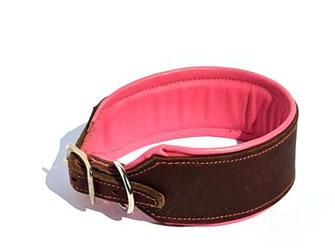 Hundehalsband aus Leder für Windhunde in braun mit Polsterung und Futterleder in rosa Edelstahlschnalle Bolleband