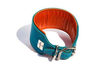 Windhundlederhalsband türkis mit orangenem Futterleder und edelstahlschnalle
