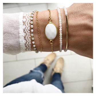 EVAMARIAjewelry handgemachte vergoldete Armbänder aus Achat in weiß, trendig,m modern, Instagram, zierlich, Armcandy