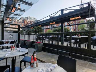 heizstrahler für eine Restaurant-Terrasse