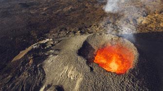 Prestation drone volcan piton de la Fournaise à la Réunion