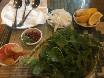 Kuwait, Fryi Swylh, Restaurant, arabische Küche, Reisebericht, Reiseblog, Sehenswürdigkeiten, Attraktion, Speisekarte, arabische Küche, Salat, Vorspeise