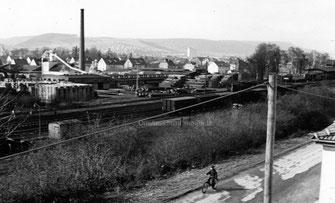 Herlag  und Bahnhof Ostansicht
