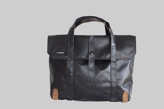 office messenger bag Feldhas in black from 7clouds