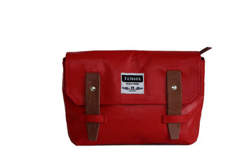 7clouds shoulderbag small in red