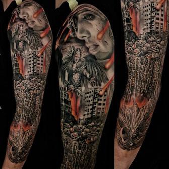 Josh Vangore Apocalypse Valkyrie Valküre Dämon Sleeve Tattoo Tätowierung böse Horror weltuntergang doom sleeve tatooing hamburg