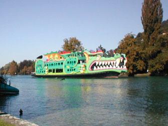 El barco del dragón, Lago de Thun (Suiza), 2001 – 2003