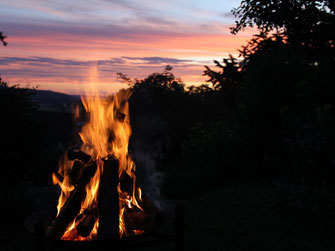 Feuerritual, Jahreskreisfest, Samhain, Yule, Imbolc, Imbolg, Brigid, Ostara, Beltane, Midsommer, Mahon, Lugnasad,