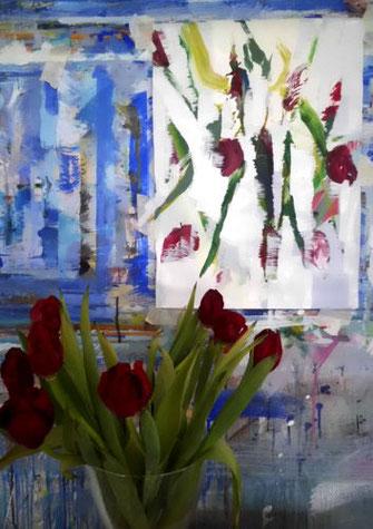 echte und gemalte Tulpen