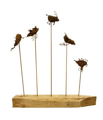 """""""Evolution"""" – Entstanden für die Ausstellung """"Viechereien und allzu Menschliches"""", 2010 in der Galerie grenzART Hollabrunn."""