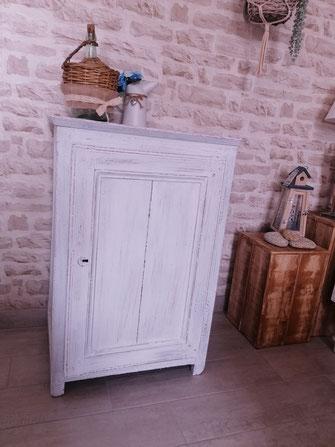 relooking de meuble le mans sarthe blanchi patine vieilli usé shabby