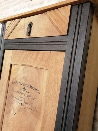 relooking restauration de meubles ancien buffet boulangerie bistrot bois naturel noir pochoir le mans sarthe