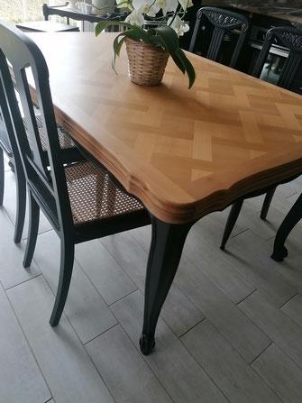 table merisier relooké noir et bois