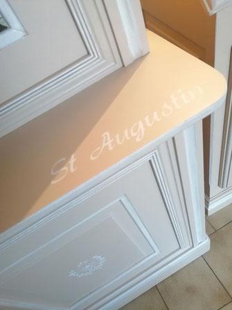relooking de meuble le mans sarthe bibliothèque merisier beige blanc citation