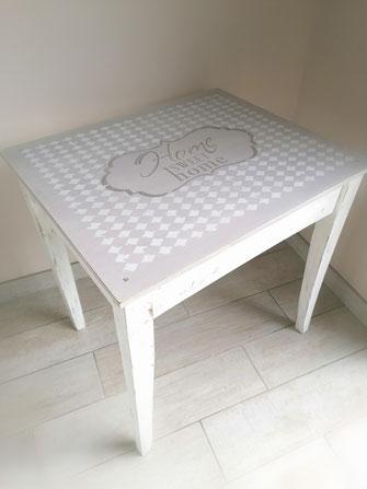 relooking de meuble le mans sarthe table home sweet home  gris blanc bois pochoir