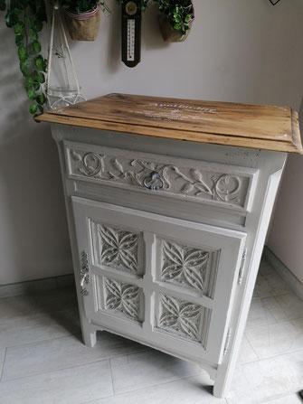relooking de meubles confiturier le mans sarthe patine beige