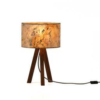 Tischlampe Tría Mikrá Stone, Leuchte aus Holz und Stein