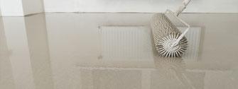 Untergrund Vorbereitungsmaßnahmen - Fußboden verlegen - Grundierung und Spachtelmasse