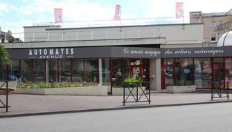 Rouen souvenirs, place du vieux marché, rouen, souvenirs, tourisme, cadeaux souvenirs, souvenirs, cartes postales, cathédrale, église jeanne d'arc, cadeaux, tourisme, visite guidée, Ville de rouen,