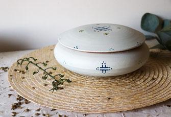 boite a bijoux-terre cuite-artisanale-blanc-motifs berberes