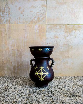 couscoussier, poterie, décoratif, doré, brun, noir, artisanal, maison, déco, intérieur, berbère