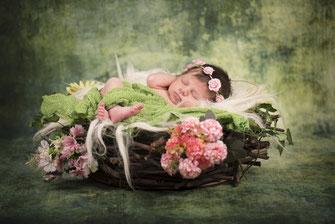 newborn met bloemetjes