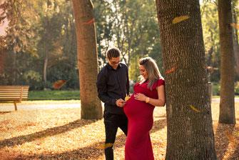 koppel zwangerschapsfotosessie