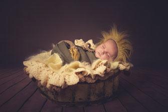 newborn leeuwkleding