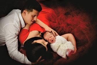 familie met newborn