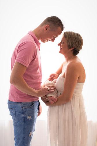 ouders met newborn