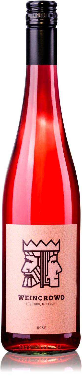 Weinflaschenfoto vor weißem Hintergrund