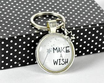 Schlüsselanhänger versilbert mit Sinnspruch Make a wish