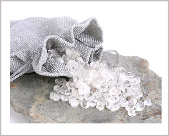 Bergkristall Trommelsteine 500g 14,90 € im Leinebeutel