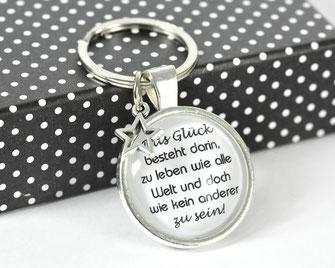 Schlüsselanhänger versilbert mit Sinnspruch Glück 1